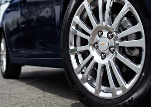 Los neumáticos de su vehículo pueden sufrir mucho si llevan mucho tiempo sin usarse. Consejo: Aumente la presión. Foto: Chevrolet.