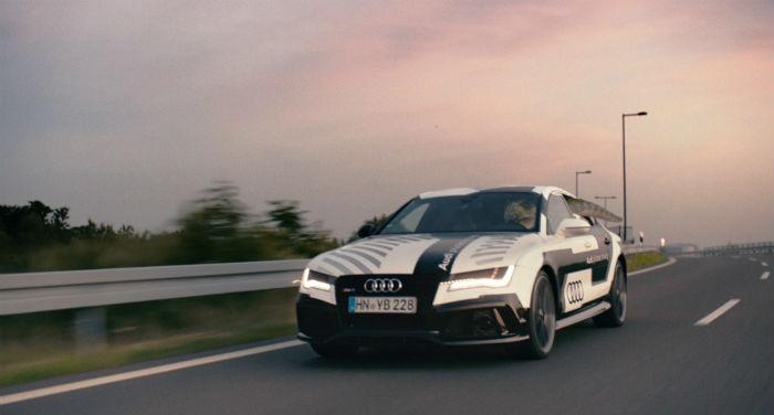 Audi RS 7 - anuncio dinosaurio