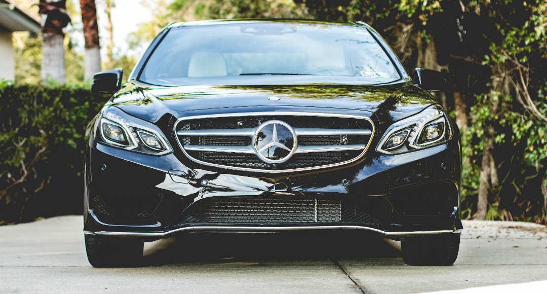 coche nuevo Mercedes Benz