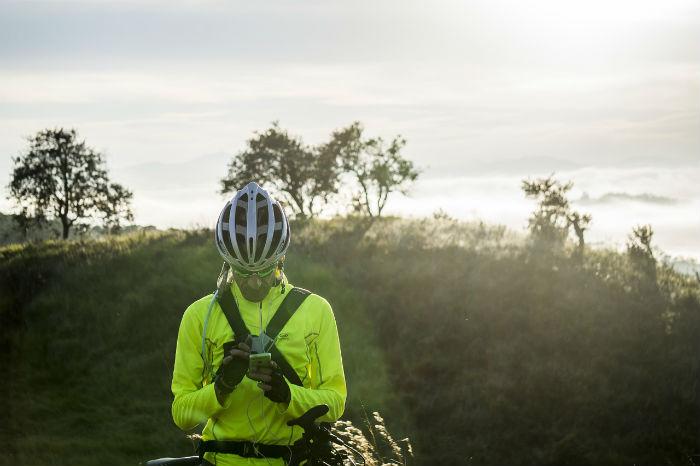 Móvil en bicicleta