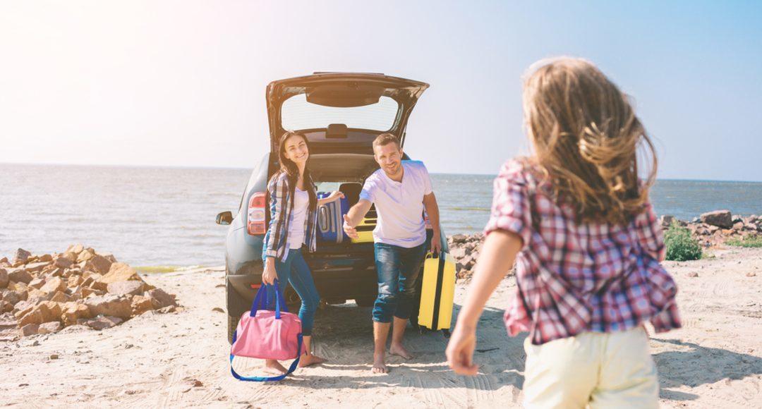 Precauciones para viajar en coche este verano: tráfico, seguridad e higiene