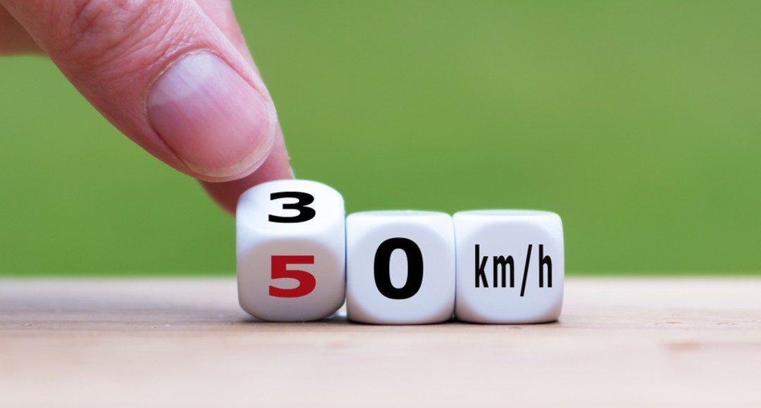 Límite de velocidad Ciudades 30 km/h en España