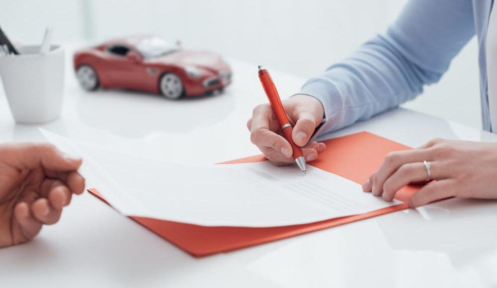 Descubre algunos detalles que tienes que tener en cuenta para contratar un seguro de coche y acertar con tu elección